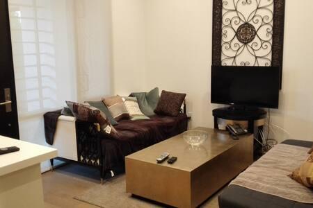 洛杉矶Alhambra市繁华地段2居室双卫公寓 - Alhambra - Lakás