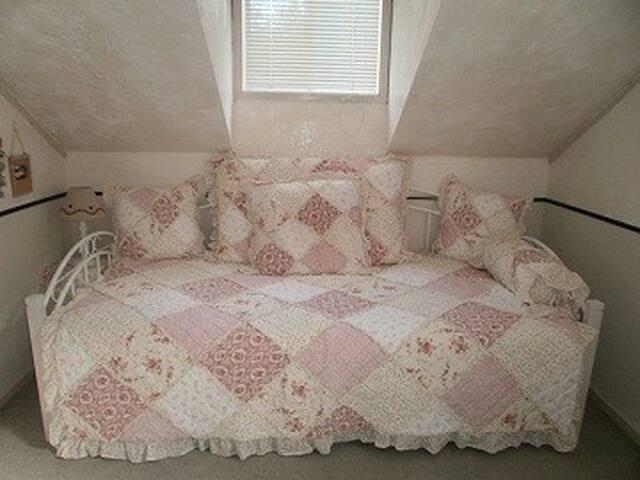 Single room at Julian's Pension-BnB - Fujimi - Bed & Breakfast