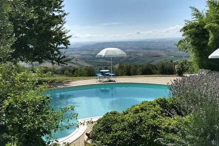 Apartment (2-3 persons) with swimming pool - Italy