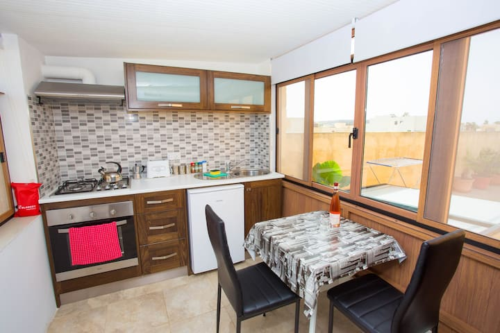 ROOM W/PRIVATE KITCHEN& GREAT VIEWS - Gharb - Casa
