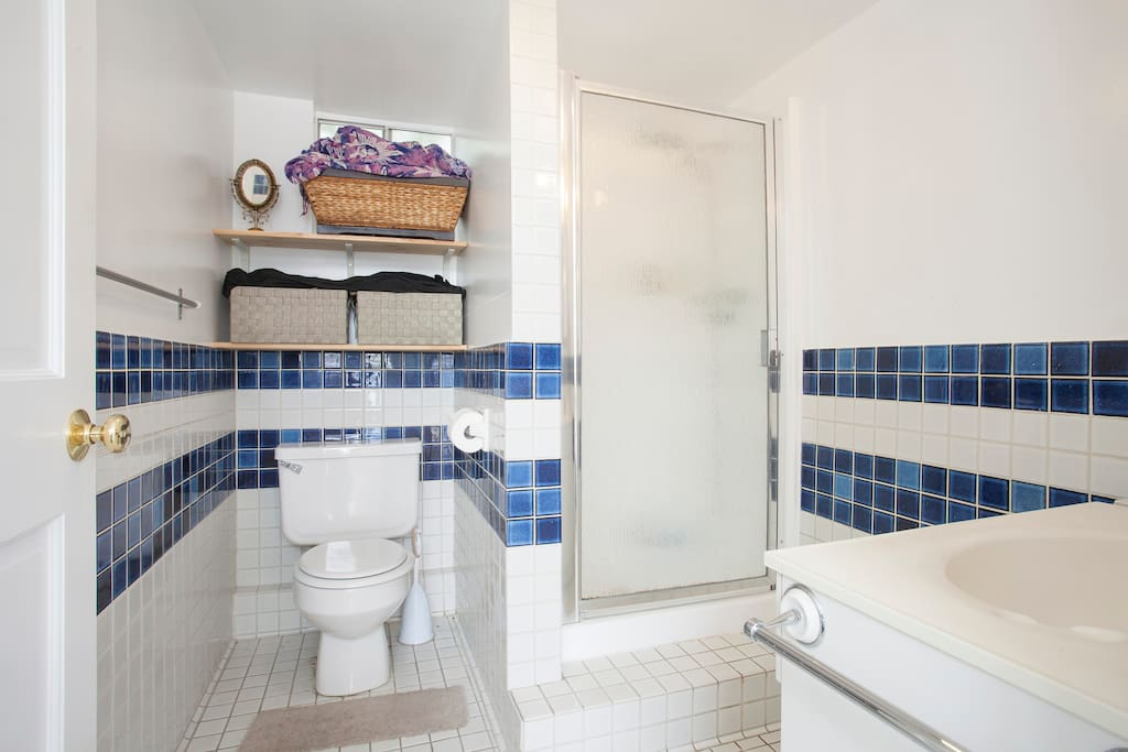 Lovely Guest House - West Hollywood