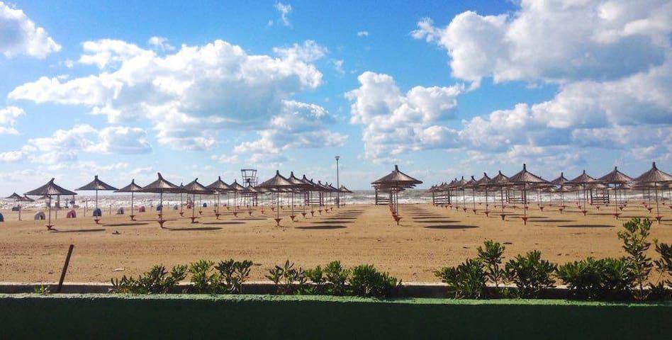 Beach Villa in Gjiri i Lalezit/Touristic Complex - Durrës - Willa