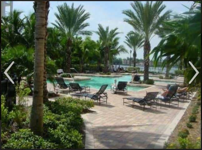 Private Room Bay View Sunny Isles - Sunny Isles Beach