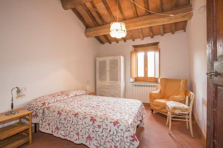 Travale roccaforte medieval Tuscany