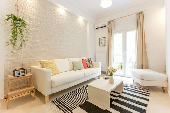 Design house in the heart of city - Thessaloniki - Apartment