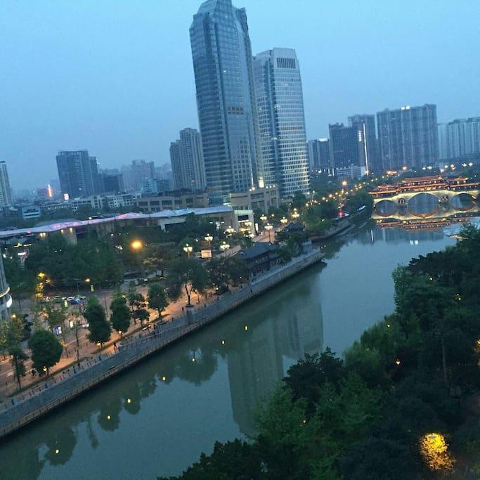 漂亮的河景