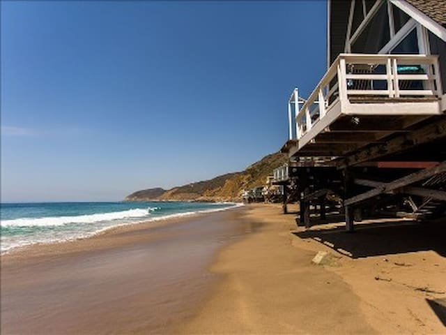 Unique 'A-Frame' on Private Beach - Malibu - House