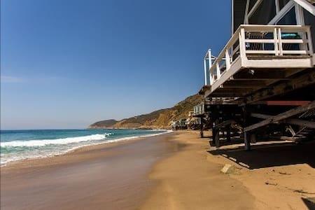 Unique 'A-Frame' on Private Beach - Malibu - Dom