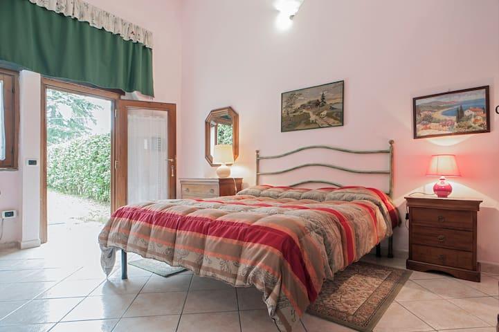 Triple room near Livorno - Castell'anselmo - Bed & Breakfast