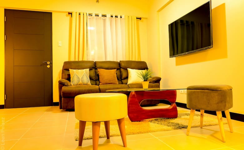 ASTERIA 2BR near airport +wifi,netflix&parking