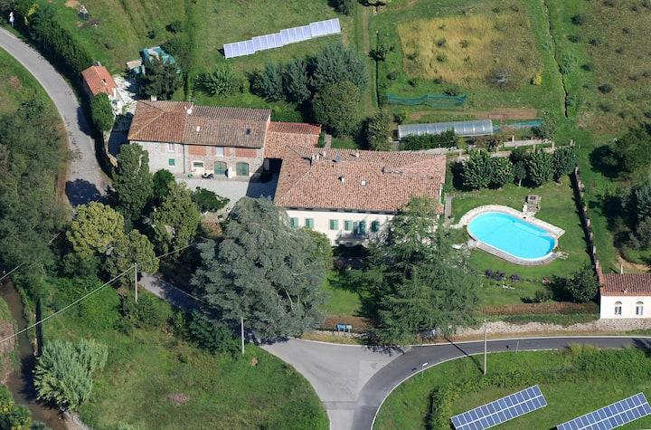 Villa Lanizzi - Pool hydromassage-  Parking- Bikes