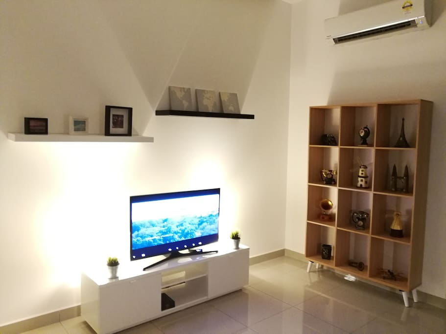TV Set @ Living room