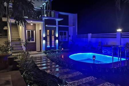 Casa Raya Vacation Villas by Home Sweet Home