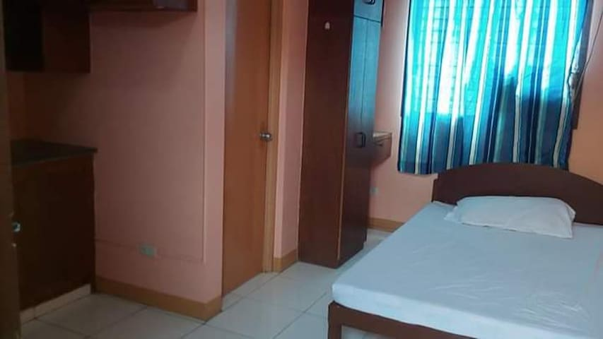 Clean and Affordable Dumaguete Transient Room