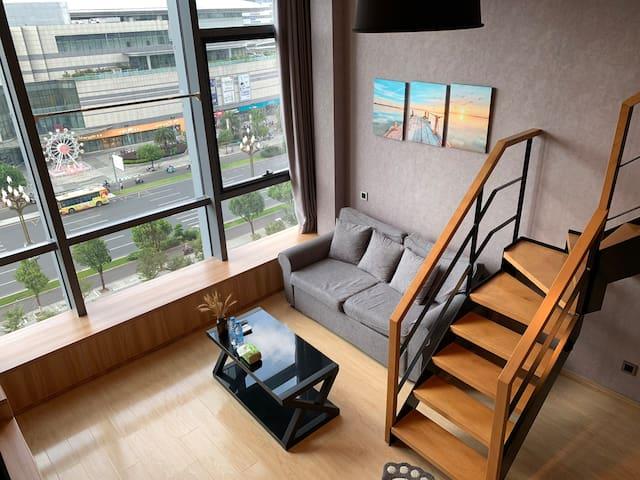 朗成LOFT公寓/ 银泰城/紫阳街/ 江南长城/带厨房洗衣机现代简约公寓