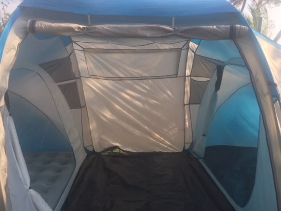 2 bed room tent 4 pax can stay