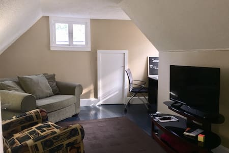 Full Apartment off I-85 btn Charlotte & Greenville