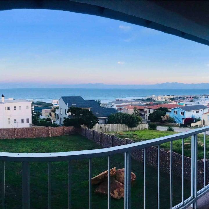 JBay @ it's absolute best! Magnificent Views