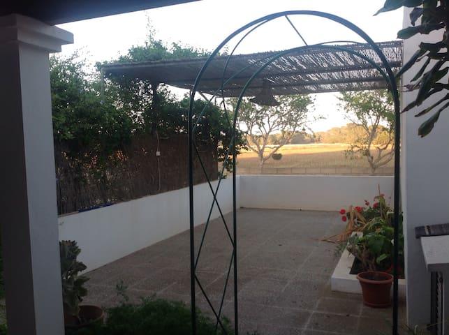 Casa amplia y cómoda en Formentera - ฟอร์เมนเตรา - บ้าน