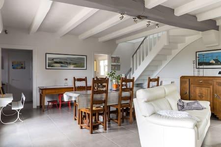 Villa indépendante bord de mer, - Locmariaquer - House