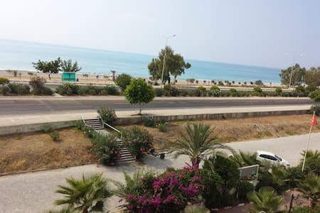 Denize 50 MT. Tatil Sistesi - Beymelek - Pis