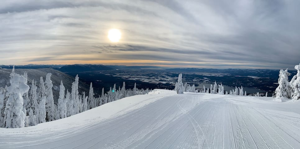 Whitefish Ski Escape