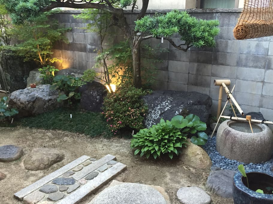 Zen garden : You can enjoy this garden from guest room