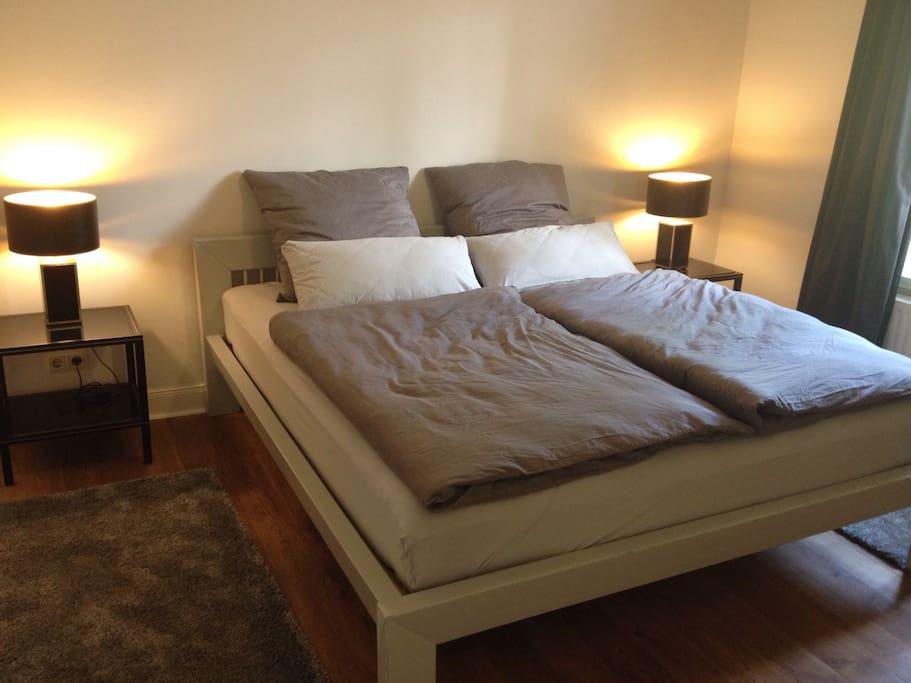 2 zimmer 32 qm terrasse eppendorf bed and. Black Bedroom Furniture Sets. Home Design Ideas