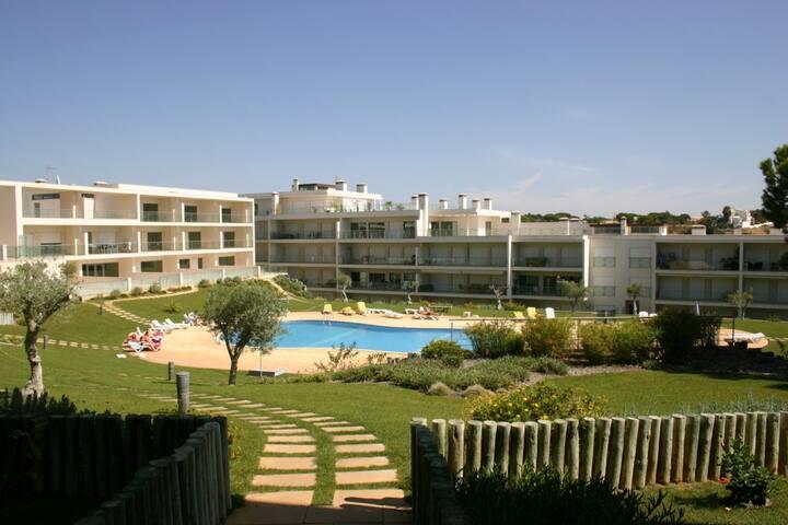 Albufeira - Pool / Beach / Tennis - Olhos de Água - Lejlighed