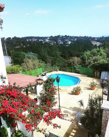 Costa Brava loue logement dans villa