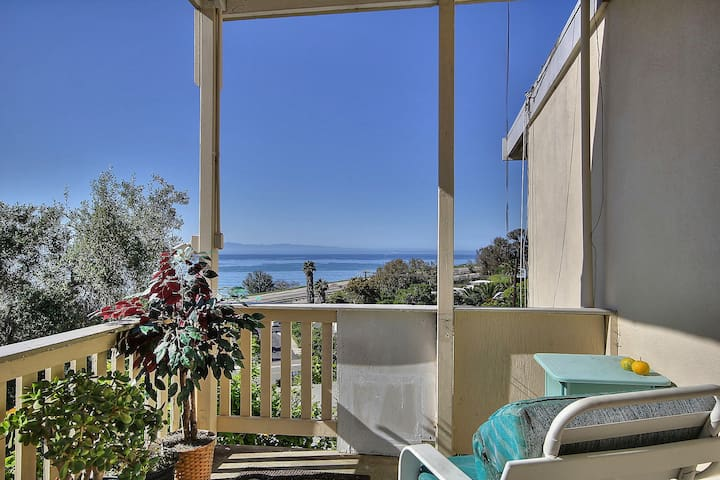 2BR Breezy Summerland Home