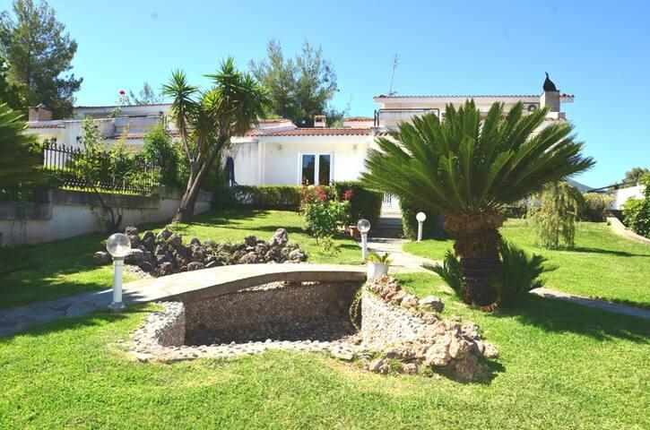Single bedroom in a villa - Patras