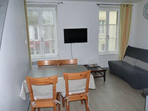 """Le """"44"""" appartement cosy classé meublé tourisme 2*"""