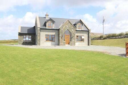 King's Lodge, Cleggan - Cleggan