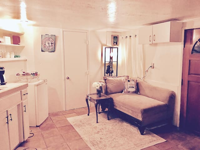 Charming Studio Cottage Downtown SD - San Diego - Apartment