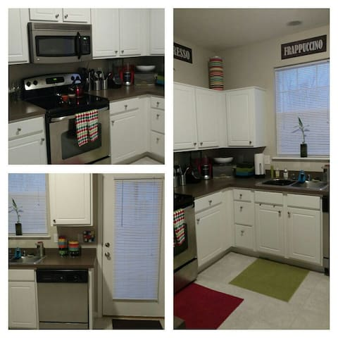Entire Spacious 1 bedroom townhouse - Columbus - Apartament