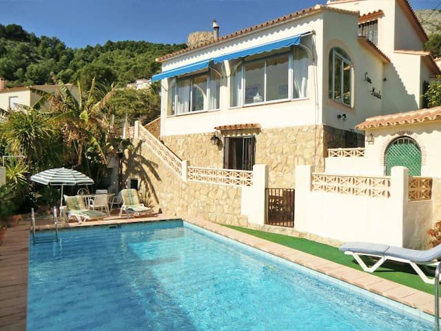 Villa in Calpe with pool and views - Calpe - Villa