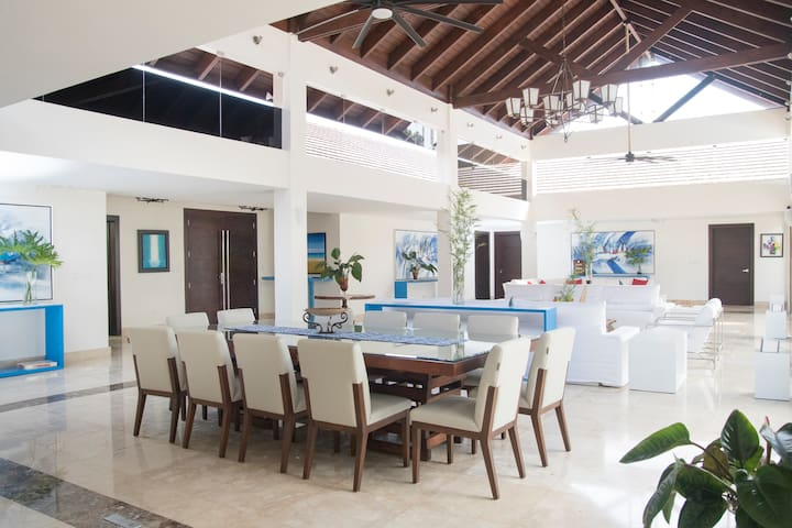 Stunning and beautiful villa in the Casa De Campo