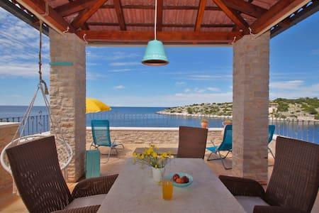 Villa Kamen-Blue, A unique experience you deserve❤️