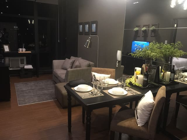 Amazing Pad in Gramercy Makati - Makati City