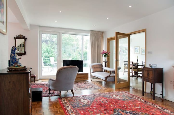 Up to 20% off! 3 bed with private garden, Putney - Londres - Casa