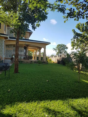GETAWAY BY THE GOLFCOURSE - Muranga County - Bungalow