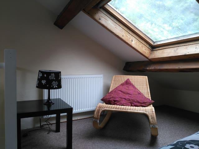 upper room Bangor, Wales