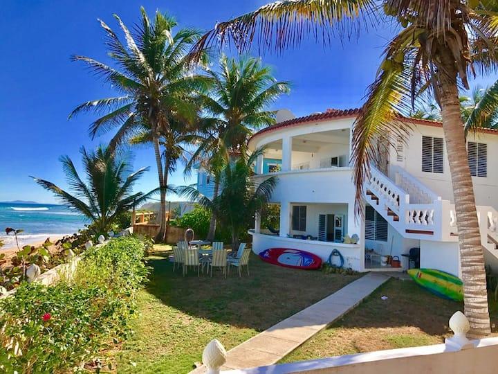 Casa Nikitas 2, Ocean front ground floor!
