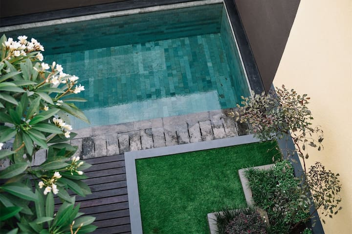 3BR with private pool close to seminyak and Canggu