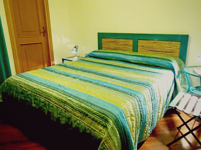 Cosy room in Olbia city center - Olbia - Appartamento