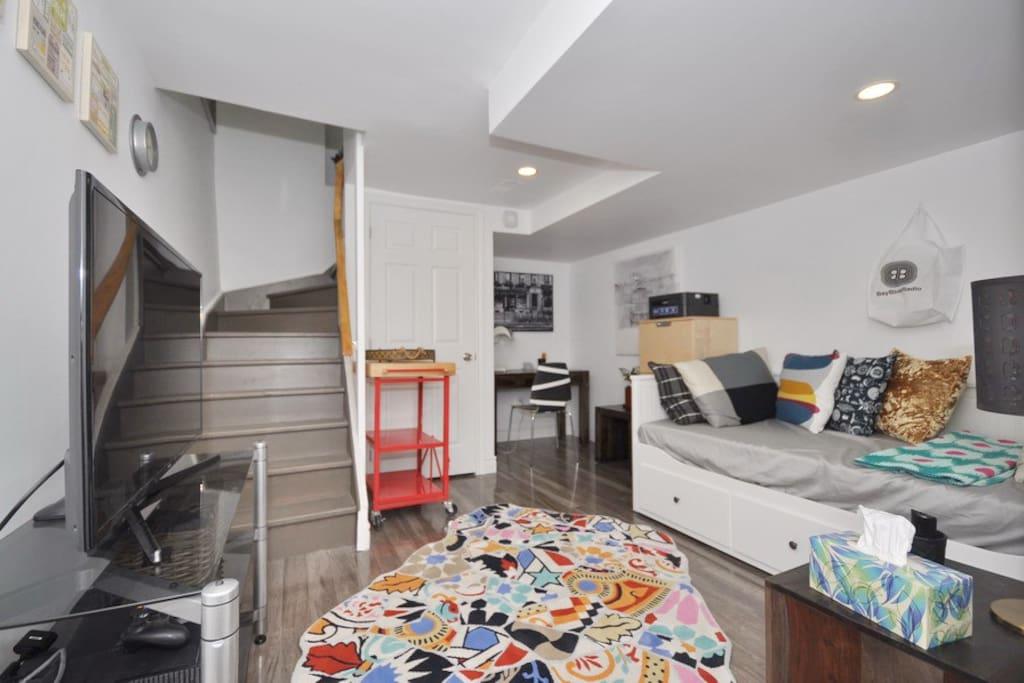 Second bedroom (basement)