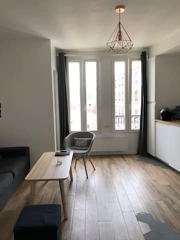 2P 32m Rénové proche PARIS Montmartre