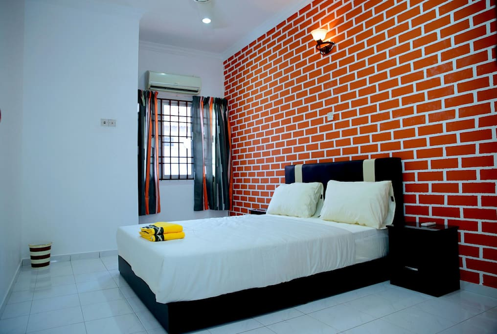 pulau pinang chat rooms Book the hotel seri malaysia pulau pinang in penang & read reviews best price guarantee located in bayan lepas, this hotel is within 1 mi (2 km) of snake temple and penang international.