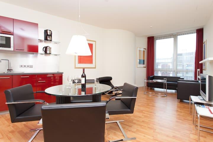 2 Raum Wohnung am Kurfürstendamm